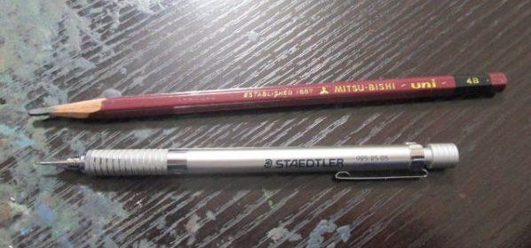 漫画道具アナログ鉛筆とシャーペン