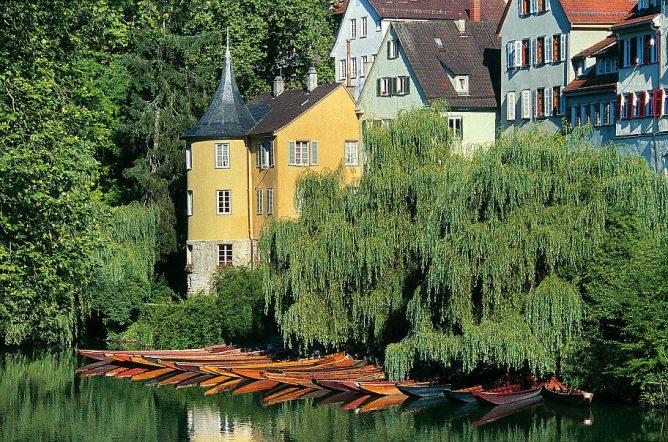 Hölderlinturm am Neckar