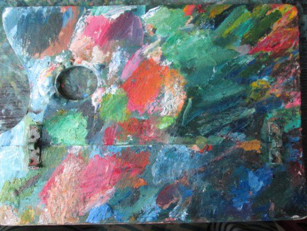 油彩画のパレットの画像