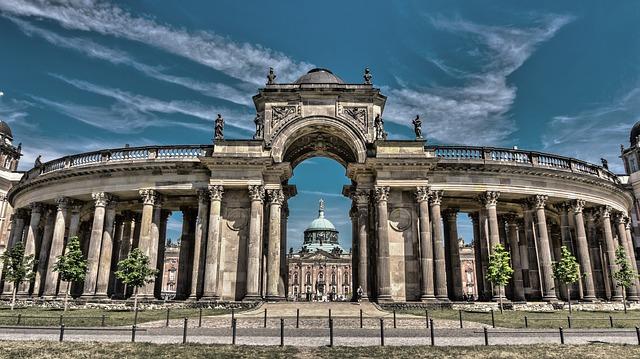 歴史的建造物の画像