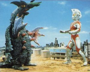 ウルトラマンエースとギランがいる画像