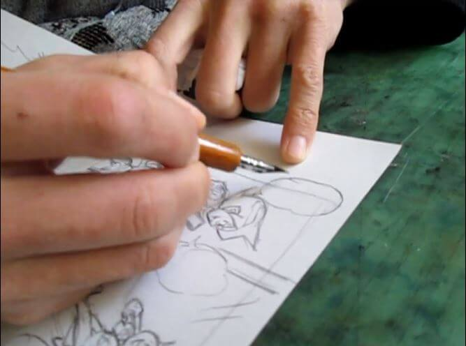 漫画 描いてる所 画像